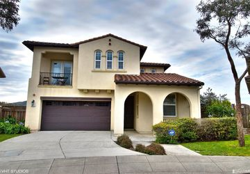 3811 Adriatic Way San Bruno, CA 94066