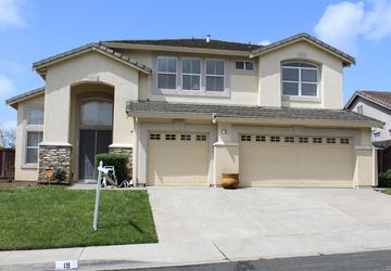 19 Montevino Drive American Canyon, CA 94503