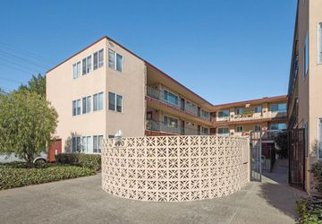 490 North Idaho Street San Mateo, CA 94401
