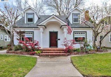 636 W Walnut St Stockton, CA 95204