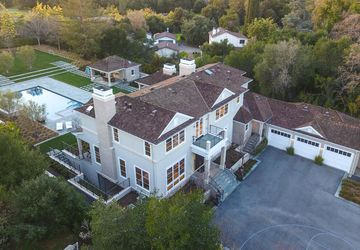 4174 Oak Hill Avenue Palo Alto, CA 94306