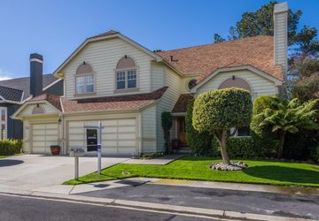 17 Bayhill Place Half Moon Bay, CA 94019