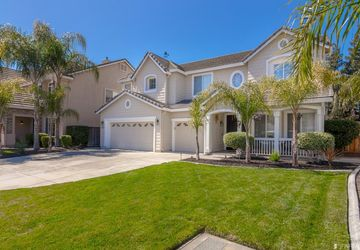 2255 Clear Lake Court Tracy, CA 95304