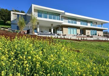 Los Altos Hills, CA 94022