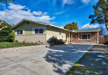 952 Temple Dr Pacheco, CA 94553