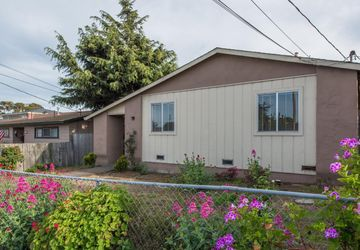 1136 Amador Avenue Seaside, CA 93955
