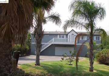 2874 Taylor Ln Bethel Island, CA 94511