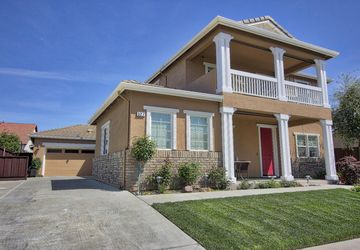 527 Clydesdale Court Oakdale, CA 95361