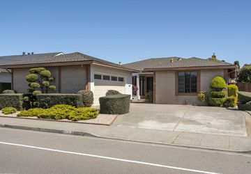 832 Marlin Avenue Foster City, CA 94404