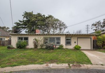 7 Malcolm Place Del Rey Oaks, CA 93940