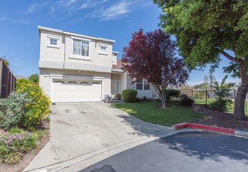 25 Summer Breeze Court Rodeo, CA 94572