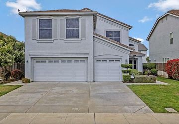 1091 Brook View Lane Manteca, CA 95337