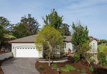 10 Pinnacle Drive Petaluma, CA 94952