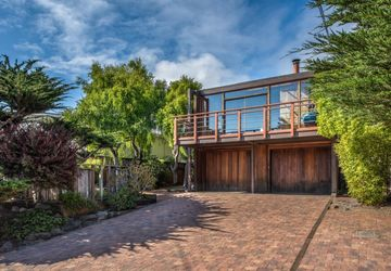 859 Seapalm Avenue Pacific Grove, CA 93950