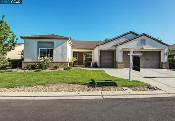 654 Deerfield Way Rio Vista, CA 94571