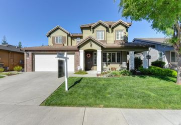 2076 Letterkenny Way Lincoln, CA 95648