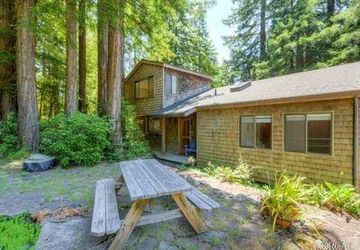 46051 Pacific Woods Road Gualala, CA 95445