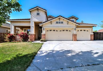 2825 Bullion Court Riverbank, CA 95367