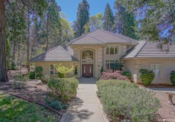 12974 Somerset Drive Grass Valley, CA 95945