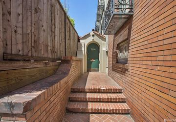 784 Bay Street San Francisco, CA 94109