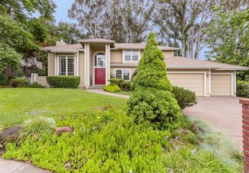 512 Mcnear Avenue Petaluma, CA 94952