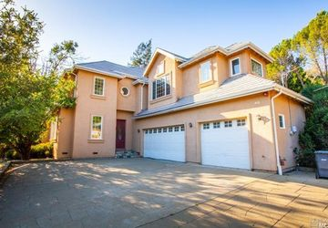 30 Oak Knoll Drive San Anselmo, CA 94960
