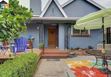 744 Edwards Street Crockett, CA 94525