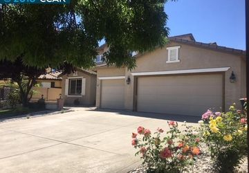 9582 Roan Fields Pl Elk Grove, CA 95624