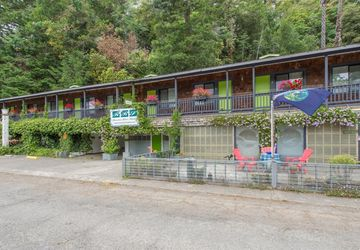 15096 Old River Road Guerneville, CA 95446