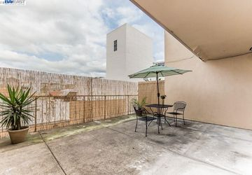 330 8Th St Street # 3C OAKLAND, CA 94607