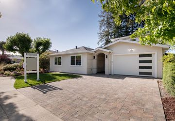 2752 Kensington Road Redwood City, CA 94061