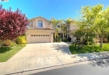 6031 Turnberry Dr Dublin, CA 94568-7456