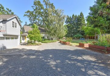 1951 Mount Avenue Yountville, CA 94599