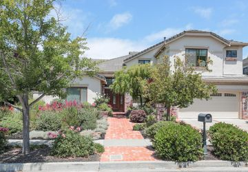 694 Woburn Court Mountain View, CA 94040