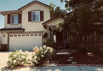 2 Goldeneye Court American Canyon, CA 94503