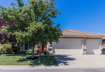 439 Savannah Drive Lincoln, CA 95648
