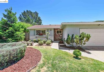 2348 Wright Ave Pinole, CA 94564