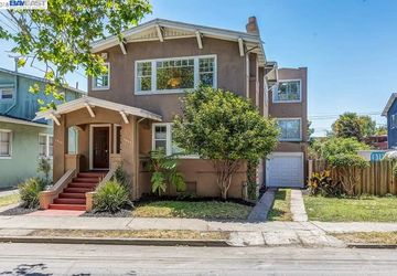 1045 Stanford Ave # 1 OAKLAND, CA 94608