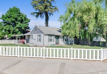 705 Ripona Avenue Ripon, CA 95366