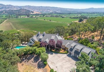 10 Vineyard View Drive Napa, CA 94558