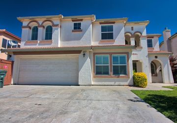 3417 Inverness Court Modesto, CA 95355