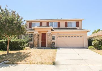 1305 Reeves Court Suisun City, CA 94585