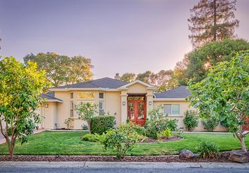 1952 Fallen Leaf Lane Los Altos, CA 94024
