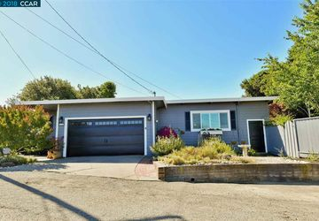 61 Crestview St Crockett, CA 94525