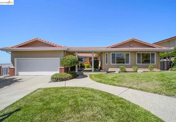 1970 Marineview Dr San Leandro, CA 94577-5314