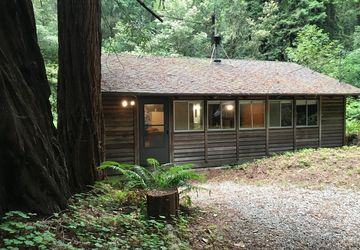 909 Redwood Avenue Pescadero, CA 94060