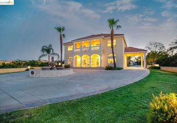 780 Silver Hills Dr Brentwood, CA 94513
