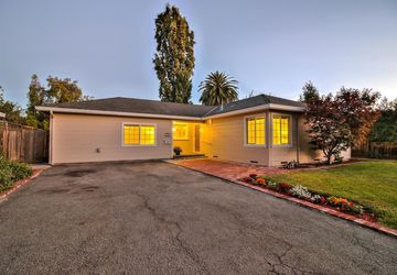 1160 Cypress Street East Palo Alto, CA 94303