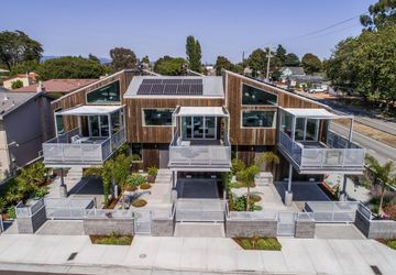 104 Surfside Avenue SANTA CRUZ, CA 95060