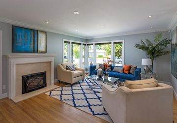 194 Hillview Avenue Redwood City, CA 94062